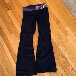 LULULEMON CLASSIC GROOVE PANT/FLARE LEG YOGA PANTS